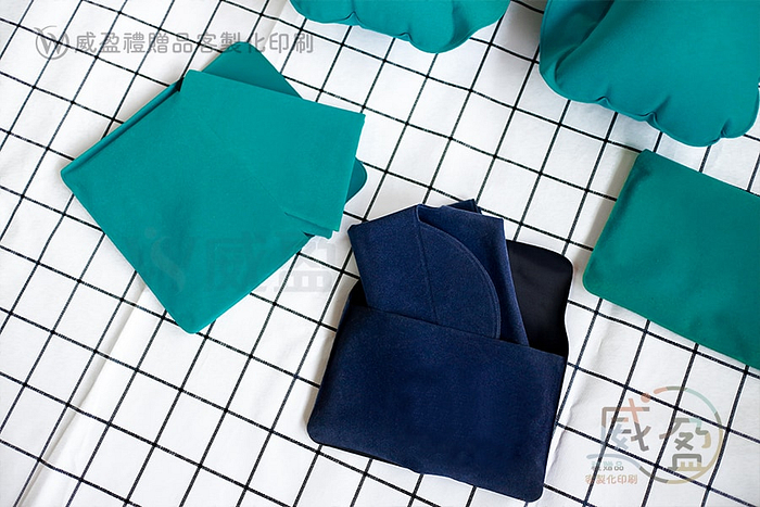 IMG_4388-blank-可收納充氣枕